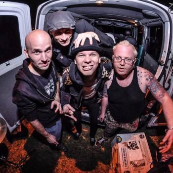 Music-zone.eu: Rozhovor s kapelou The Fialky